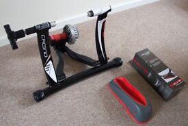 Elite Crono Fluid ElastoGel Trainer With Elite Front Wheel Riser Block