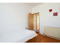3/4 BEDROOM GROUND FLOOR FLAT AVAILABLE FOR RENT LARGE DOUBLE ROOMS AVAILABLE FOR RENT