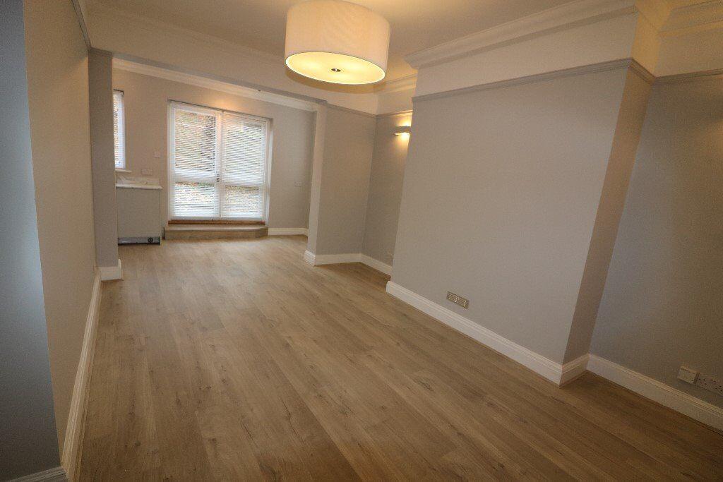 Two bed, two bath, garden flat, Turnham Green, Chiswick, W4