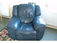 ONLY **** £50 ***** LARGE HEAVY DUTY RECLINING SOFA MADE WITH SOFT REAL LEATHER HIDE NOT PIG SKIN