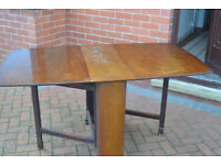 Free Oak Gate leg table needs some TLC buyer to collect