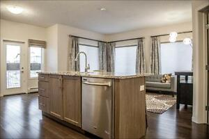 *STUNNING* LUXURIOUS SOUTH WEST CONDO SHOW SUITE FOR SALE!!!