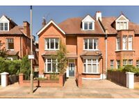 A large and spacious five double bedroom conversion flat to rent in Putney