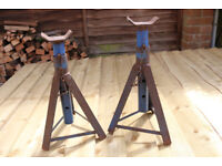 Pair of car axle stands