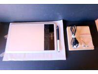 Wacom Bamboo Tablet CTH470s + Wacom Wireless Fitted