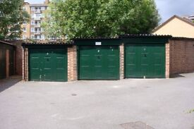 Private and secure garage 5m walk to Tulse Hill Station