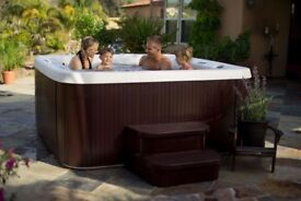 NEW: Breeze 6 person 13amp hot tub - Grizzly Bear Hot Tubs