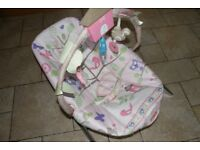 FISHER PRICE COMFY TIME VIBRATING BABY BOUNCER.