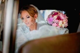 Wedding photographer Windsor. 2 awarded photographers for your wedding from £790