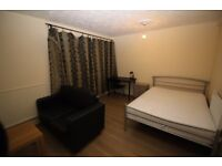 Double Room Mile End