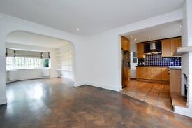 Blandford Close N2: house - large garden - 3/4 bedrooms - 3 bathrooms - unfurnished - available now
