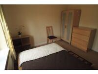 GREAT DOUBLE ROOM TO RENT IN ARCHWAY AREA MOMENTS AWAY FROM THE TUBE STATION