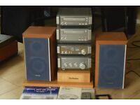 TECHNICS SC-HD55 CD/CASSETTE/RADIO/AUX IN/REMOTE/MANUEL/STAND/85W