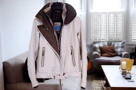 Salomon Ladies Ski Jacket (Size Small)