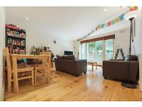 Prime Located 2 bed garden flat in the heart of Brixton - Saltoun Road