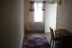 Norbury - Furnished Studio for single professional