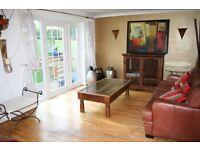Stunning Spaciuos 2 double bedroom flat, fab kitchen, osp, 3 mins Southfields Stn