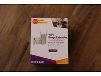 BRAND NEW NetGear Wi-Fi Range Extender AC750