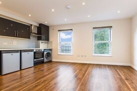 10 Bed house to rent in Bounds Green Kelvin Avenue £120 per week per person