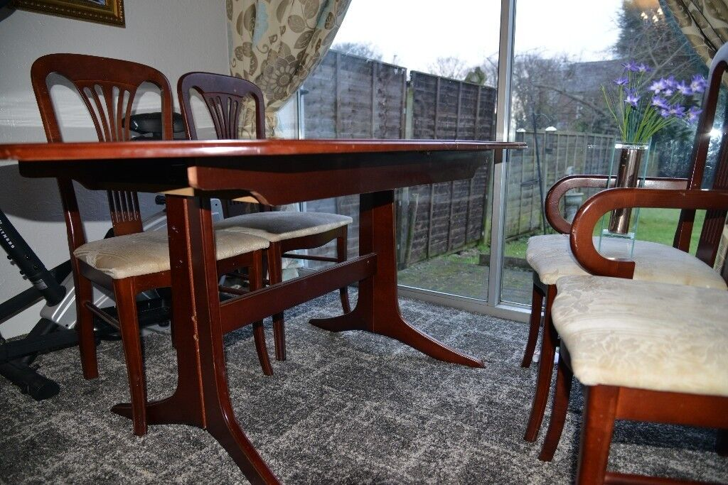 Extendable Mahogany Dining Table With 6 Chairs In Stockport Image 1 Of 8