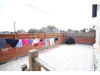SPLIT LEVEL ONE BED FLAT WITH PARKING AND COMMUNAL ROOF TERRACE- NEXT TO RAILWAY STATION HOUNSLOW