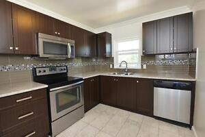 RENOVATED 2 BDRM AVAILABLE AT ROSE COURT!