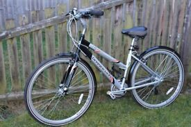 Ladies hybrid bicycle brand Barracuda Liberty 21 speeds almost new, perfect condition