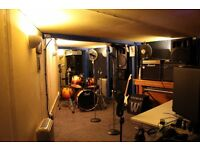 Rehearsal Room available to rent in Bow - Full Backline included