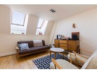 BEAUTIFUL 1 BEDROOM CHURCH CONVERSION - QUIRKY - VERY LIGHT AND AIRY - SECURATE GATE