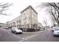 Two bedroom unfurnished flat in Beckton E6 £1300