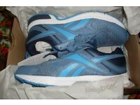 Reebok Pheehan Run Mens Trainers Size 9 Light Blue White Navy Ultra Light running shoes jogging