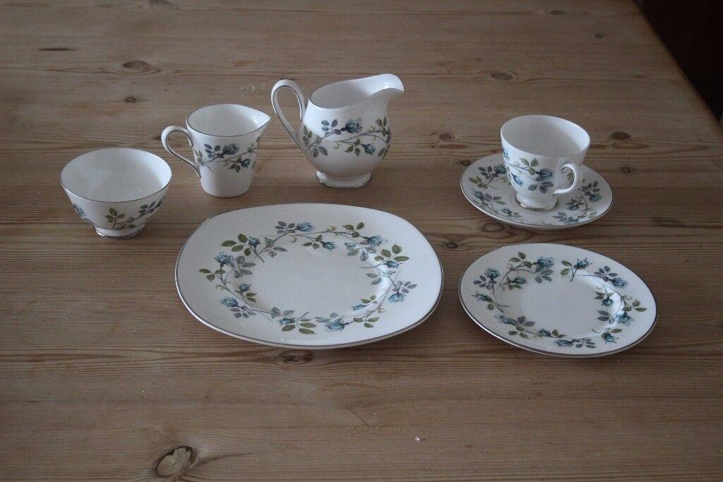 Bone china, 34 piece tea set