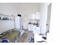 ****Central Brighton bedsit to let ***p 211