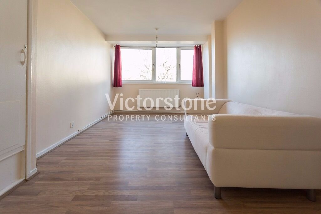 AMAZING VALUE FOR MONEY 2 DOUBLE BEDROOM APARTMENT IN STEPNEY GREEN WITH BALCONY £350 PER WEEK