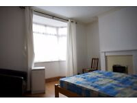 Spacious double bedroom, Totterdown