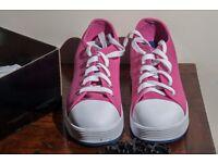 Heelys - Fushia/Navy - UK Adult Size 5 - Novelty gift for adult - unused in original box