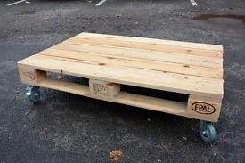 Pallet side table with wheels