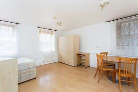 BILLS INCLUDED- SPACIOUS STUDIO APARTMENT TUCKED AWAY ON A COBBLED MEWS CLOSE TO KENTISH TOWN TUBE
