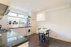 Large and airy double room in Sydenham Hill. Furnished. All bills except gas and elec.