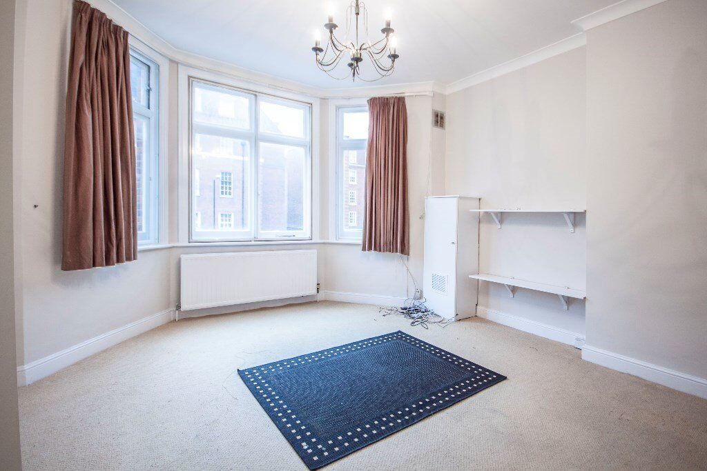 SPACIOUS 2 BED FLAT CLOSE TO FINCHLEY STATION CALL RICKY NOW FOR VIEWINGS 07527535512