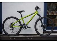 Genesis Core 24 inch Young Person's Mountain Bike. Hydraulic brakes and front suspension.