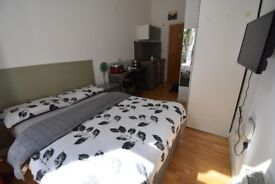 Modern cosy studio in the heart of Bayswater,Queensway, W2