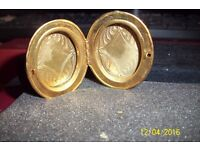 ladies large vintage locket that holds 2 pictures