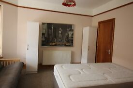 2 LARGE DOUBLE BEDROOM FLAT IN- CANTON- BILLS INCLUDED Suitable for shares £445 each a month.