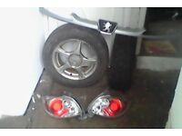 2x alloy wheels. grill. rear tailights