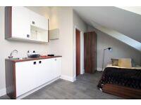 SPACIOUS STUDIO - Camden- including bills, furnished, en-suite, cleaning & linen, wifi