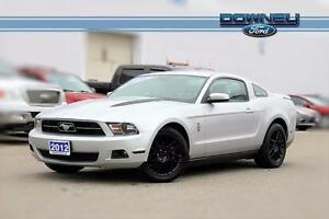 2012 Ford Mustang V6 After-market exhaust - Black rims - Manual