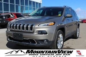 2016 Jeep Cherokee Limited ONLY 800 KM!