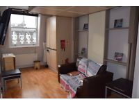 AMAZING EN SUITE DOUBLE STUDIO AVAILABLE NOW~ALL BILLS/C.TAX/WIFI~INCLUDE~COUPLE WELCOME~