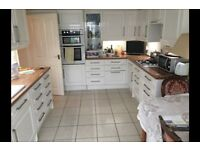 3 bedroom house in Lancing BN15, NO UPFRONT FEES, RENT OR DEPOSIT!